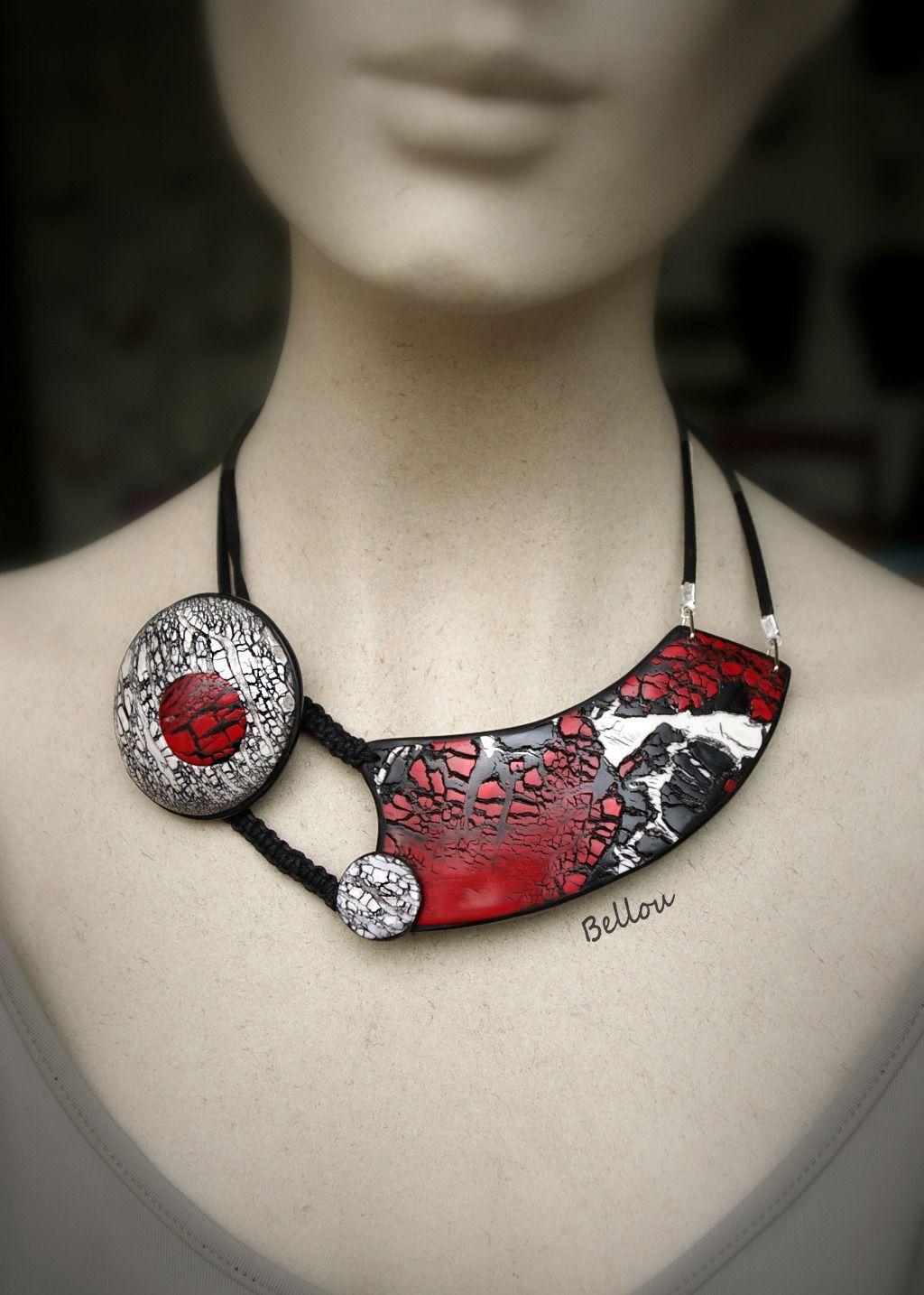 collier ras de cou rouge et blanc