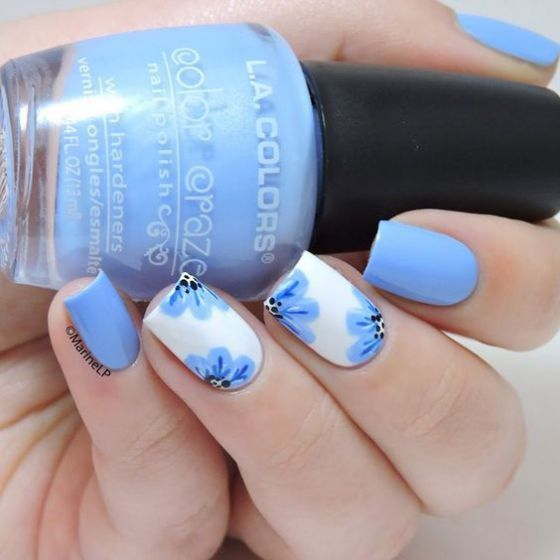 uñas azules con rosas | Manicuras | Pinterest | Uñas azules, Azul y ...