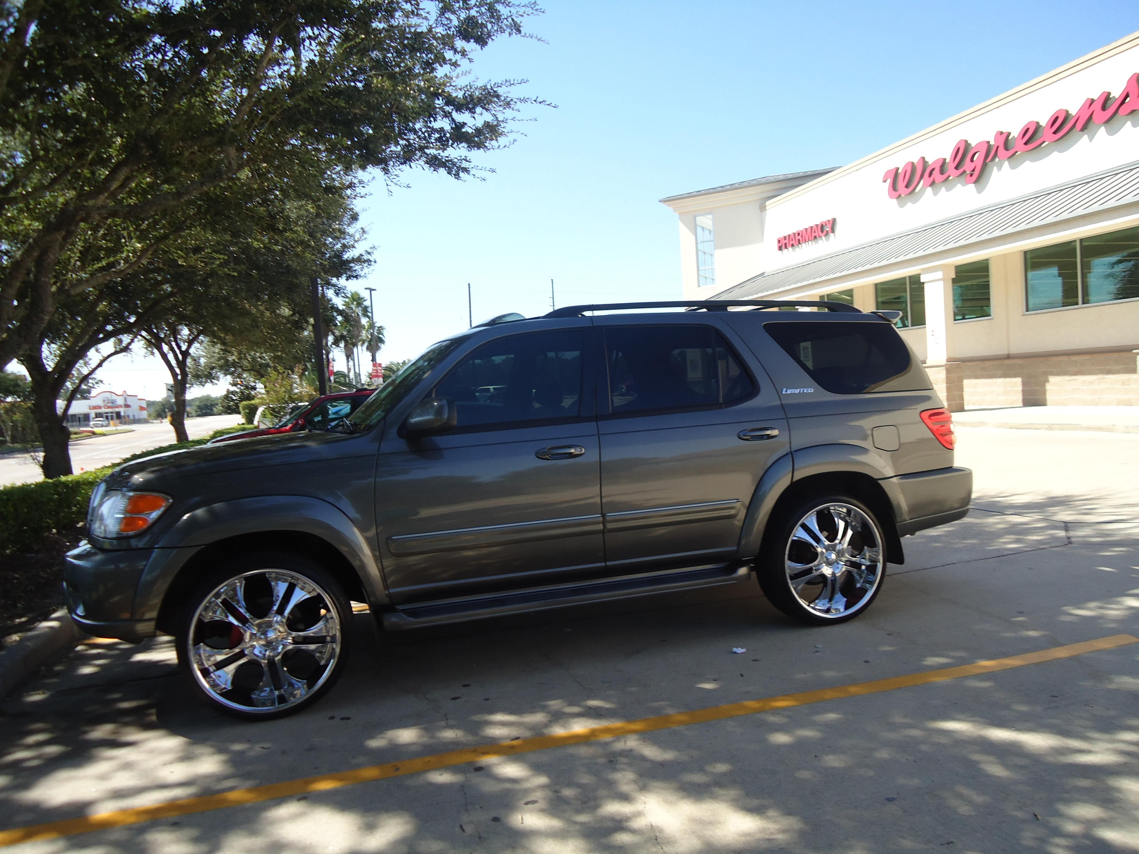 2002 Toyota Sequoia Limited with rims Toyota, Sequoia