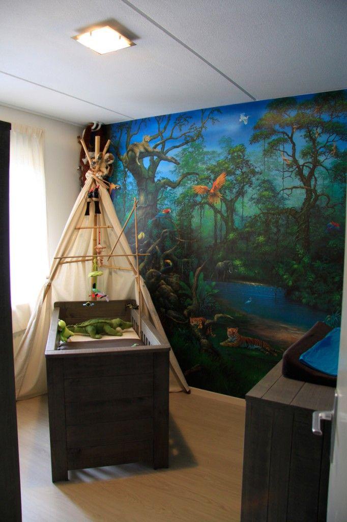 Jungle room.