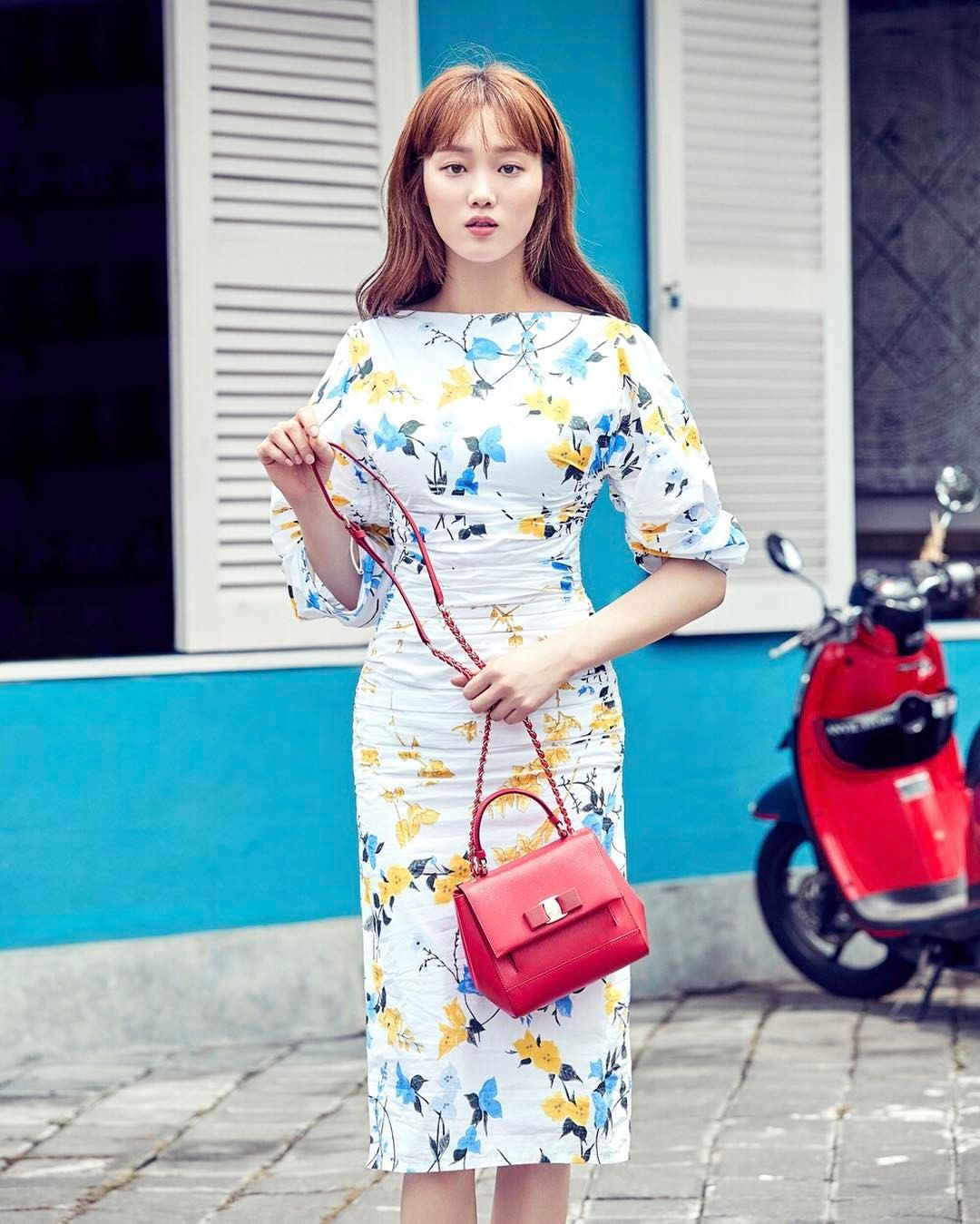 "9,738 Likes, 76 Comments - Salvatore Ferragamo (@ferragamo) on Instagram: ""Delicate blooms and one exquisite beauty. Actress #LeeSungKyung wears spring's puckered, floral…"""