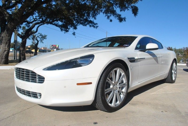 Aston Martin Rapide - Elegance