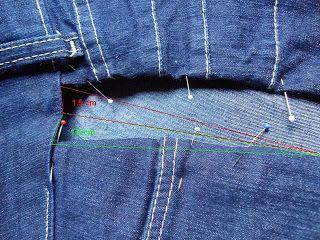 Aumentando a lateral de uma calça jeans.