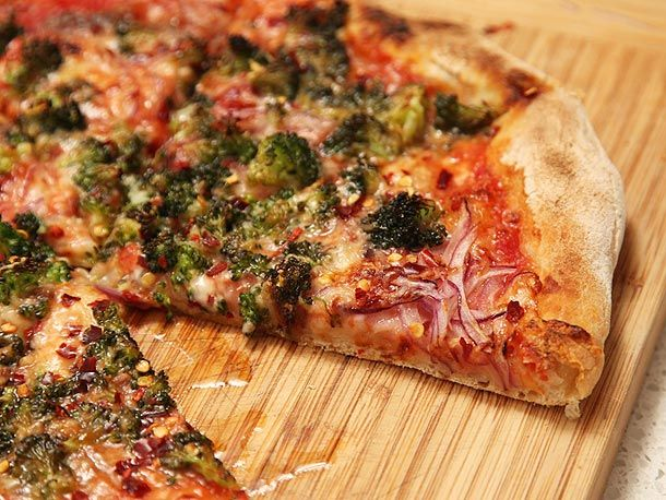 Caramelized Broccoli And Red Onion Pizza Recipe Recipe Onion Pizza Serious Eats Onion Pizza Recipe