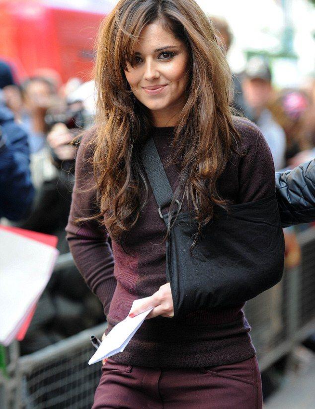 Femail Reveals Cheryls Hair Volution Cheryl And Cheryl Cole
