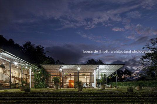 Lota Macedo Soares House Sergio Bernardes Com Imagens Arquitetura