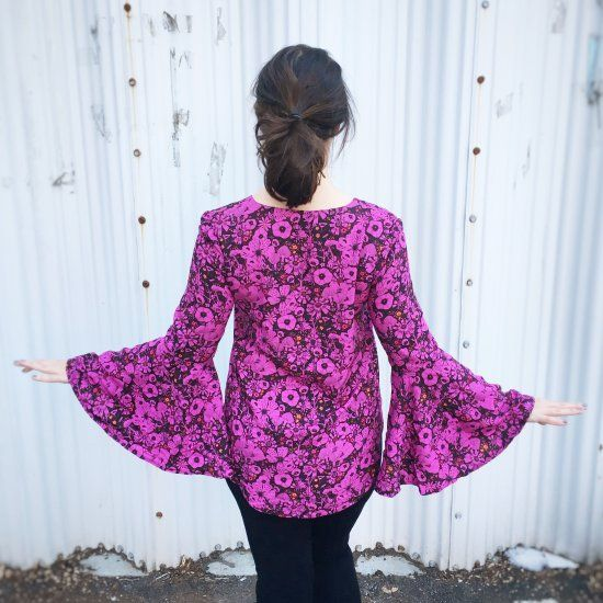 A handmade floral bell sleeve blouse for spring!