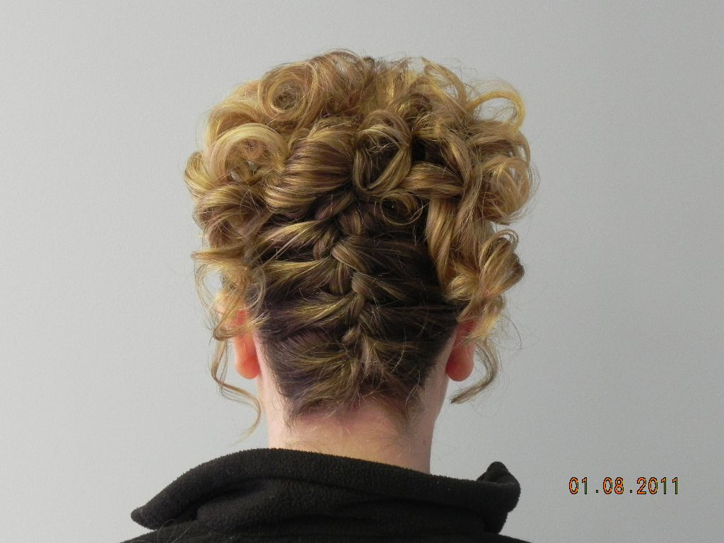 Upside Down French Braid Braided Hairstyles French Braid