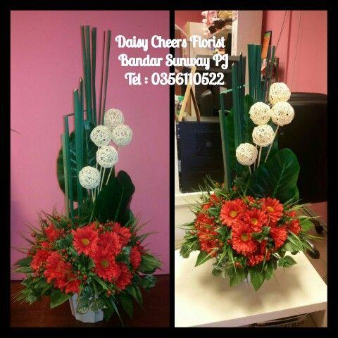 Artificial Flower Arrangement   #floristmalaysia #floristpj #floristkl #florist #klflorist #pjflorist #silkflower #artificialflower #flowerarrangements #hariraya #homedecoration #hiasanrumah