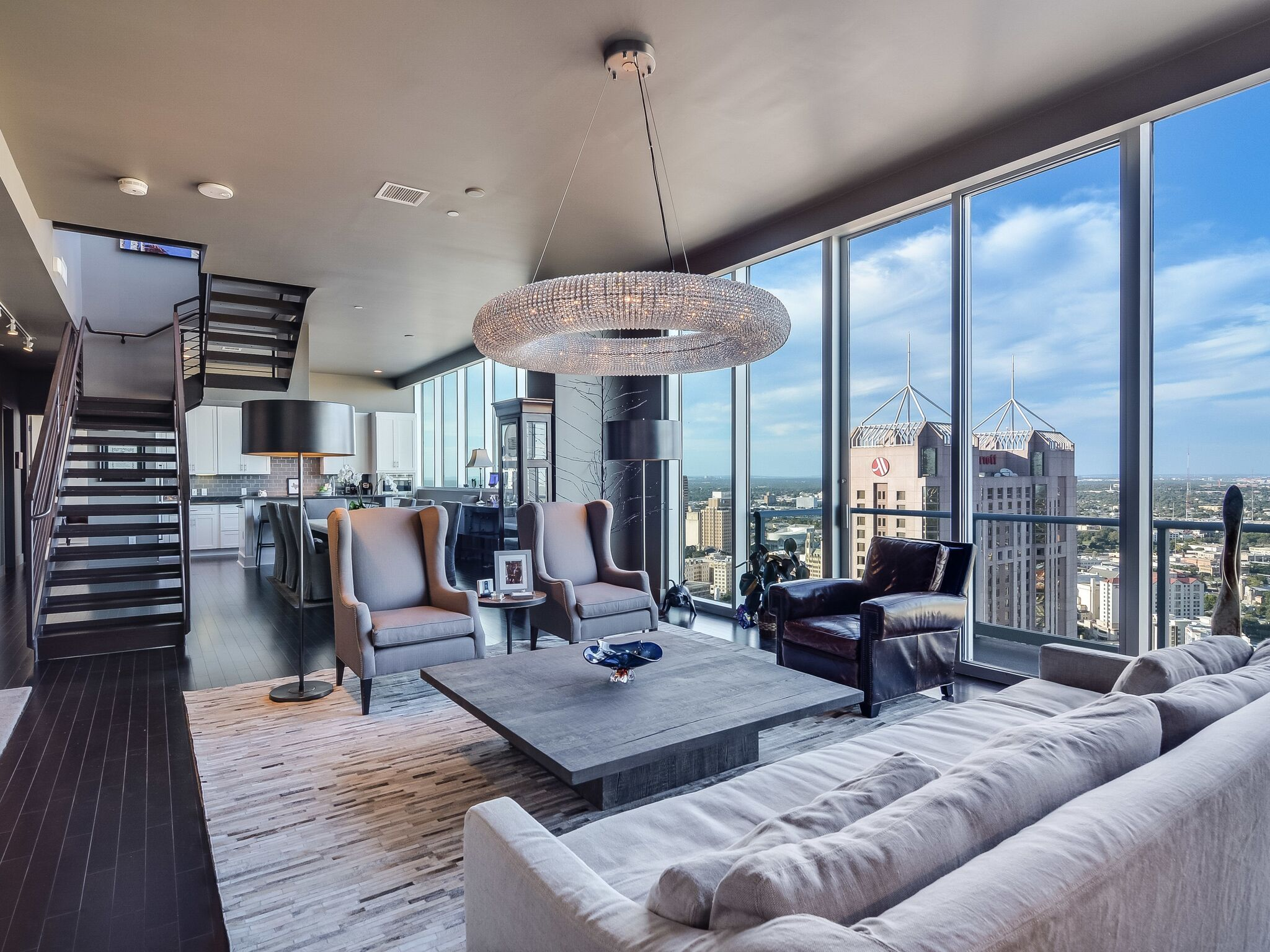 Luxury penthouse for sale in the Alteza Residences (above