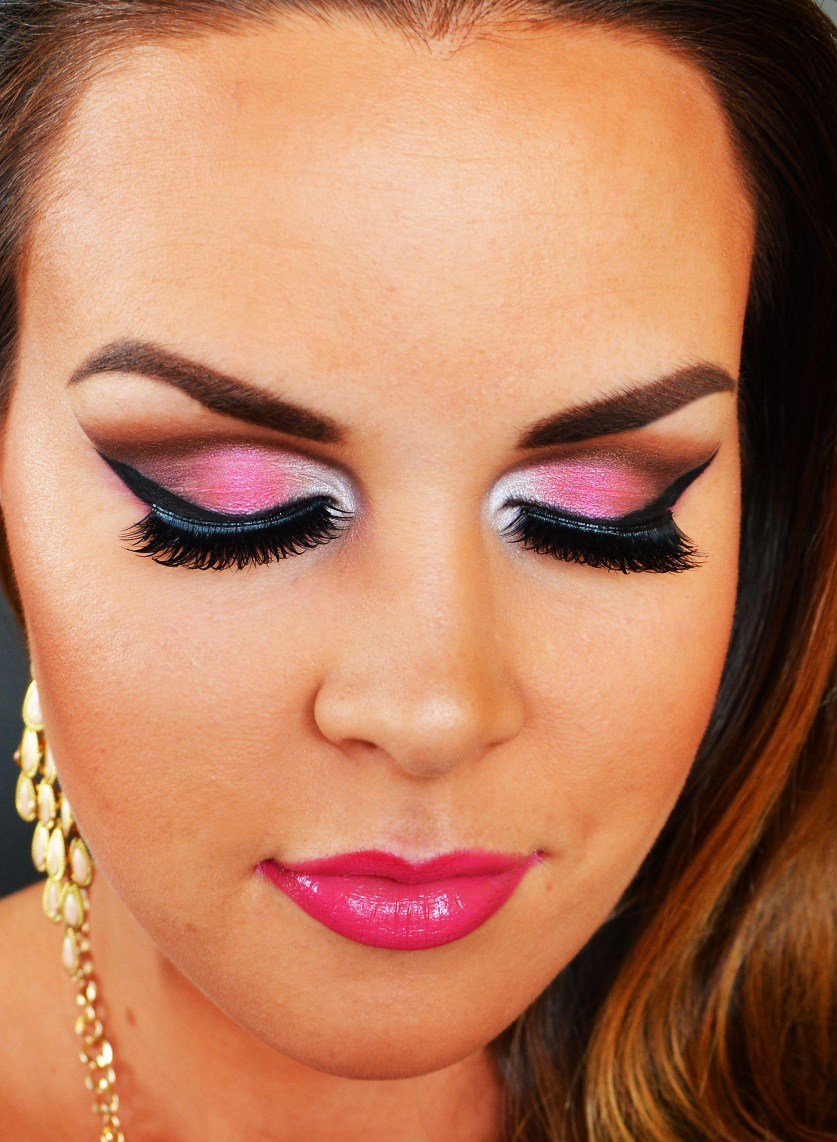Pink Smoky Wings using Makeup Geek Eyeshadows Pink