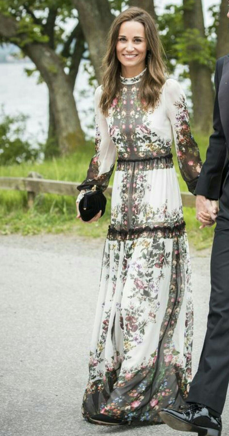 d782a1abef1c2 Pippa Middleton in Erdem