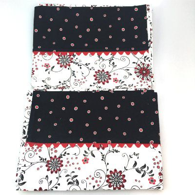 Pillowcases Black & White With Red Dots