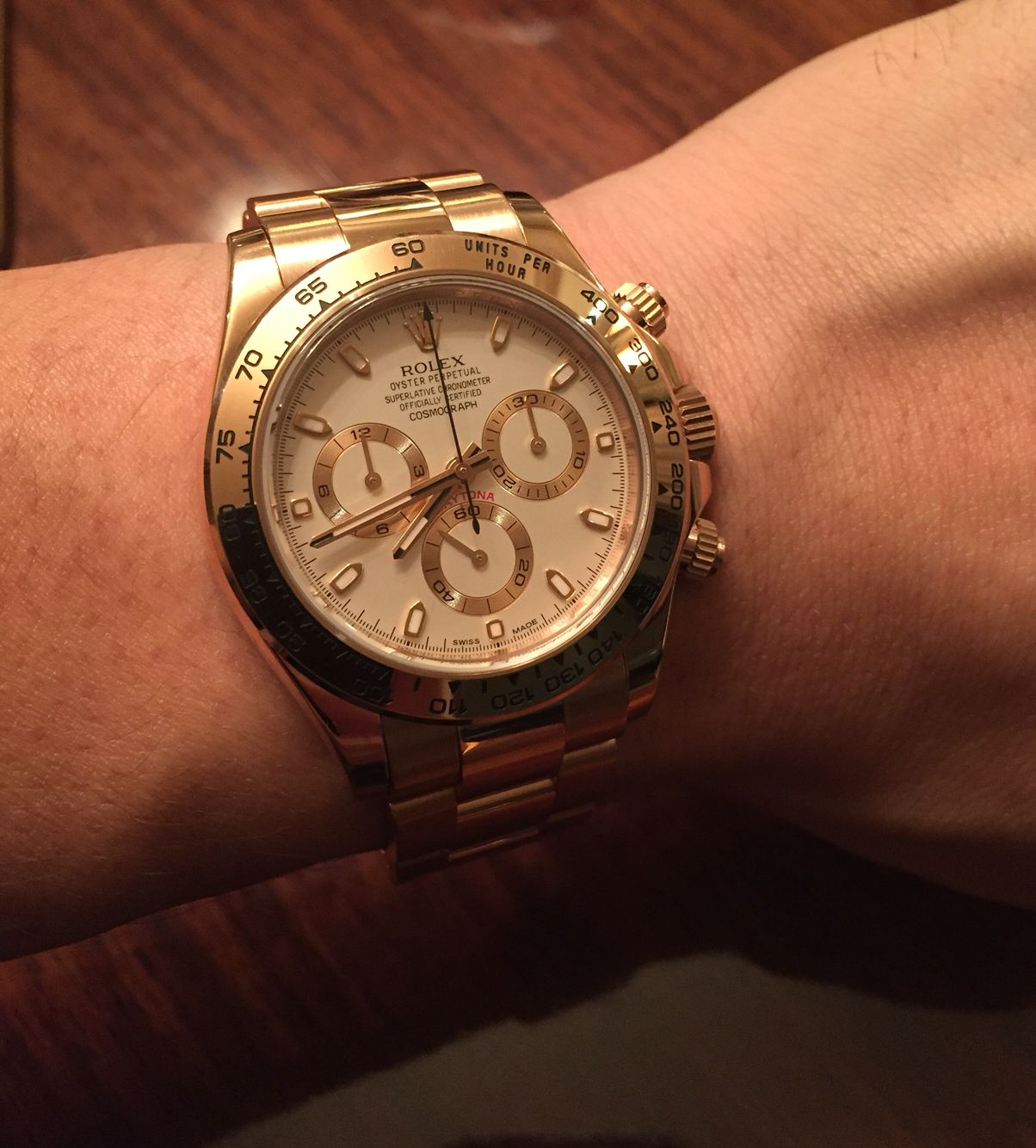 Rolex Daytona Rose Gold On Wrist