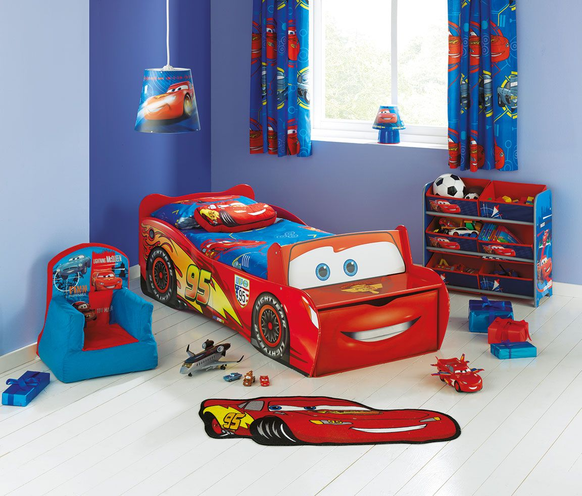 This lightning mcqueen bed from argos with front seat and for Disney car bedroom ideas