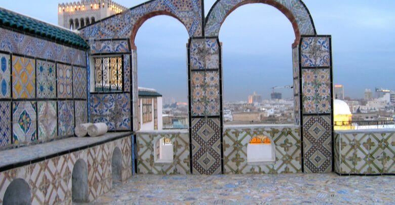 اهم المناطق السياحية في تونس 5 وجهات رائعة لمحبي السفر Outdoor Structures Outdoor House Styles