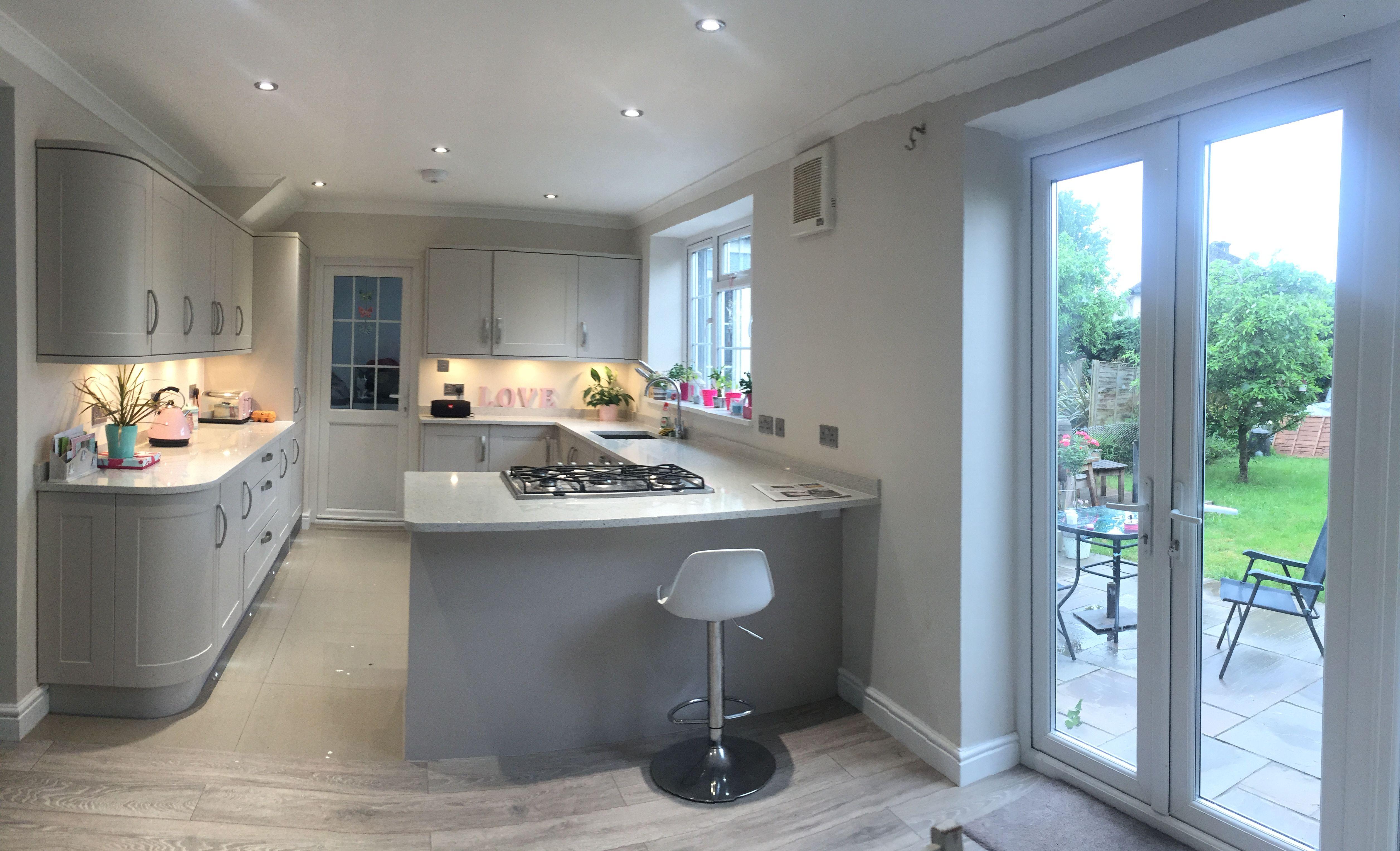 Howdens kitchen, quartz granite worktop, Howdens laminate