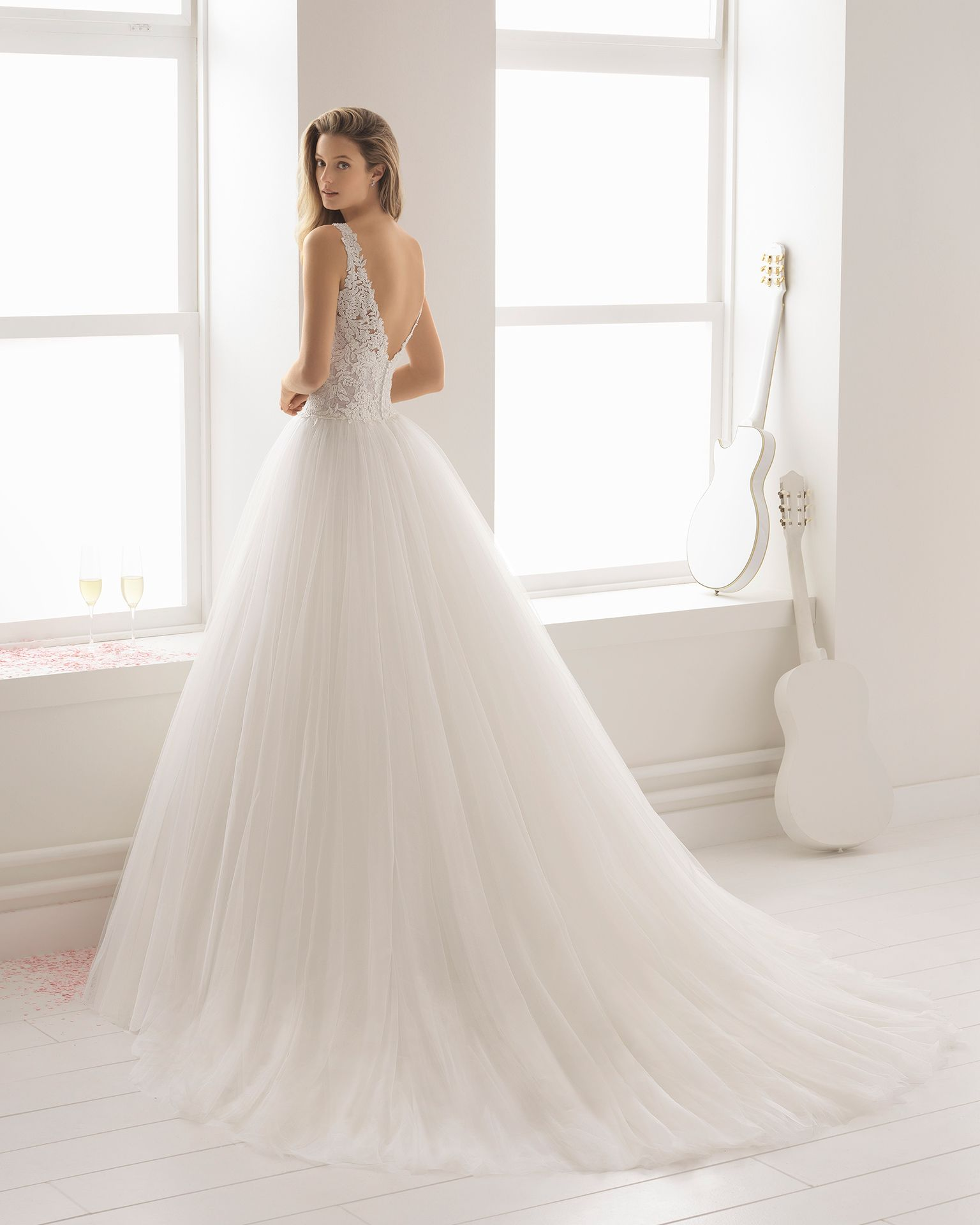 Vestidos de novia estilo linea a