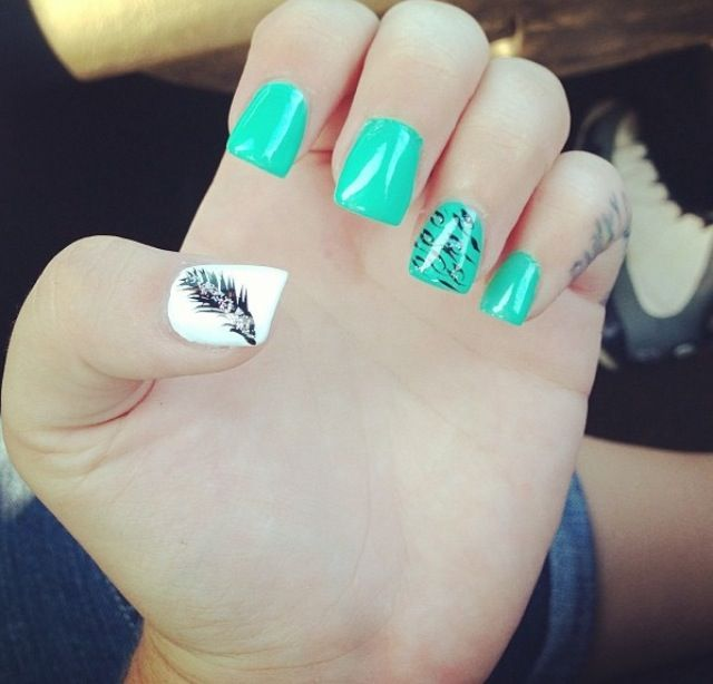 Love The Color And Design Acrylic Nails Green Supercute