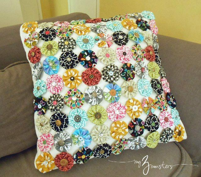 Handmade fabric projects yo yo sewing crafts and pillows patchwork solutioingenieria Images