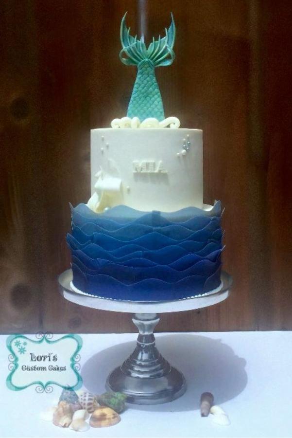 Mermaid Cake  by Lori Mahoney (Lori's Custom Cakes)