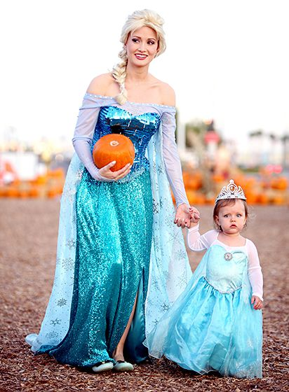 Celebs in Matching Halloween Costumes Matching halloween costumes - mother daughter halloween costume ideas