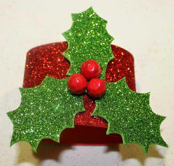 Manualidades servilletero navidad manualides pinterest for Manualidades para adornos navidenos