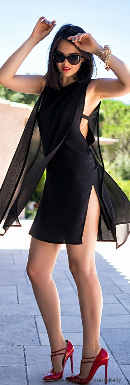 #street #style #spring #fashion #inspiration |Sexy cut out LBD + red heels