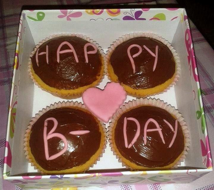 B-day Chocolate Pink Cupcake