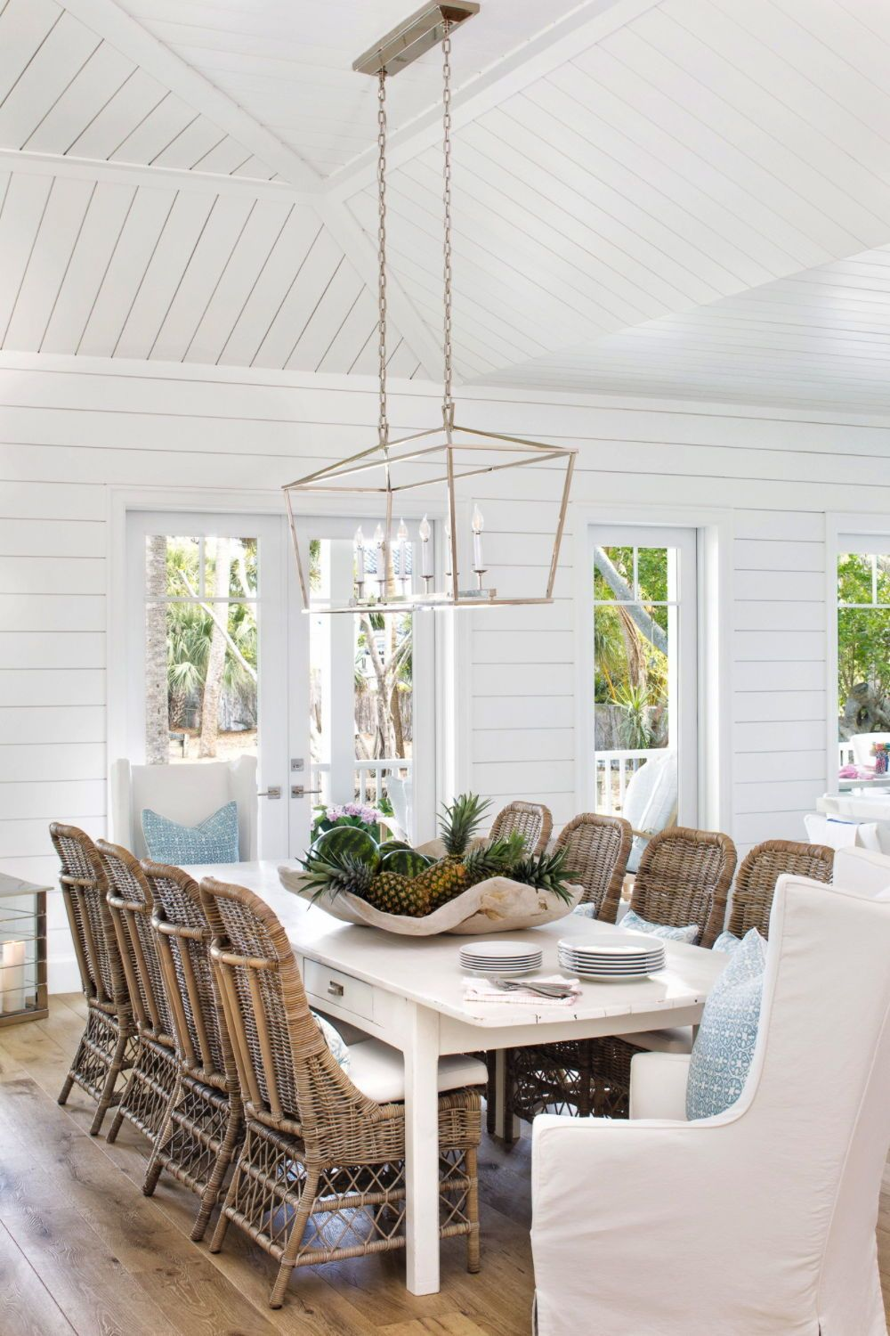 Charming seaside cottage provides a haven of relaxation in Florida