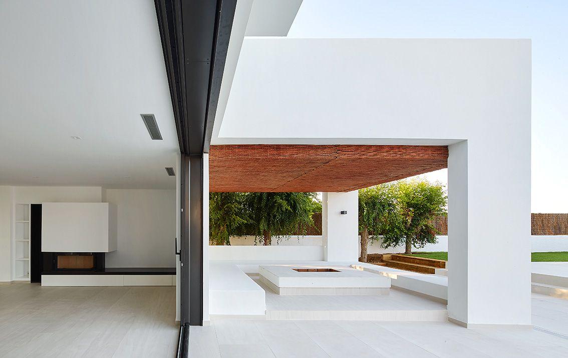 Exterior Salon Porche Mediterraneo Casas Via Planreforma  ~ Muebles Rey Espacio Mediterraneo