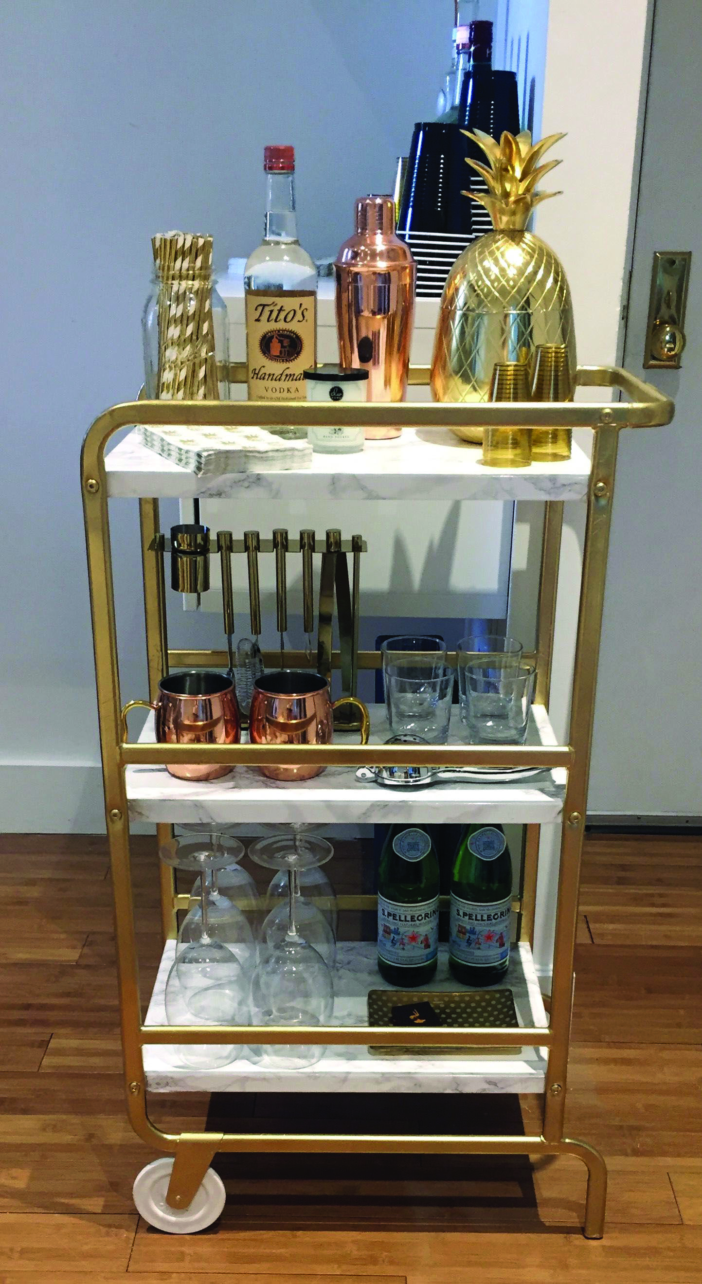 Do It Yourself Mini Nights Clubs To Jumble Your Residence Style Homes Tre Home Bar Decor Ikea Bar Bars For Home