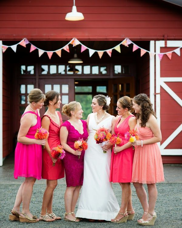 Grapefruit Ombre themed wedding  |  The Frosted Petticoat