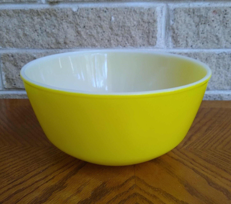 Yellow Ombre Vintage Yellow Milk glass Mustard Yellow Fire-King Bowl Vintage Yellow Bowl Small Fire-King Bowl Fire-King Berry Bowl
