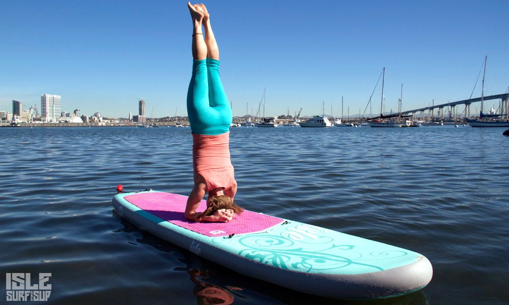 Paddle Surf Yoga pose del pino