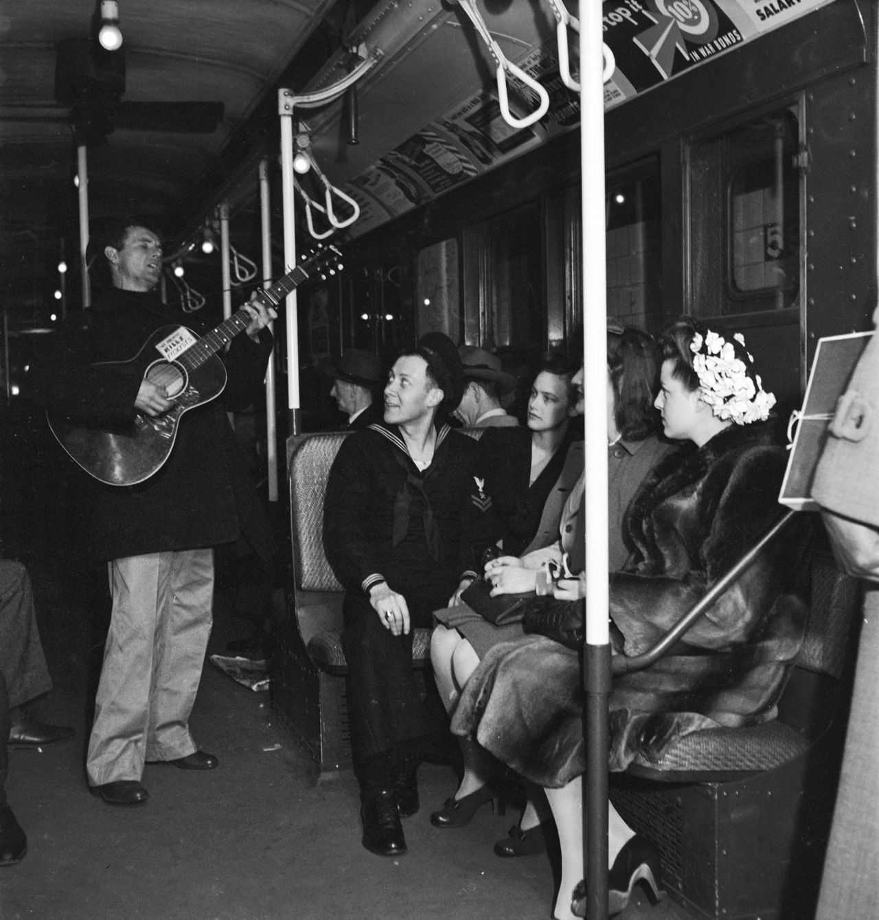 Woody Guthrie in the New York City subway  Source : Reddit