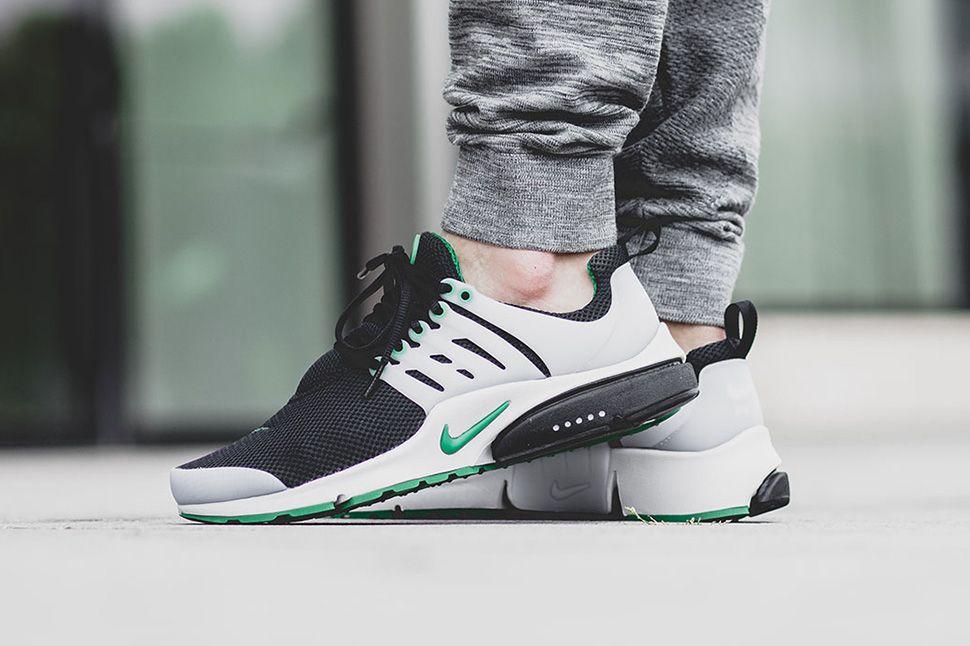 On Foot Nike Air Presto Essential Pine Green Eu Kicks Sneaker Magazine Ropa Caballeros
