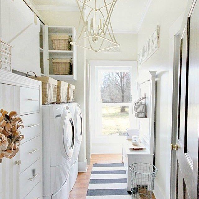 I absolutely LVE @thistlewood's laundry room makeover! She used accessories from @birchlane and it looks amazing. #swoon #oneto follow#blspringrefresh