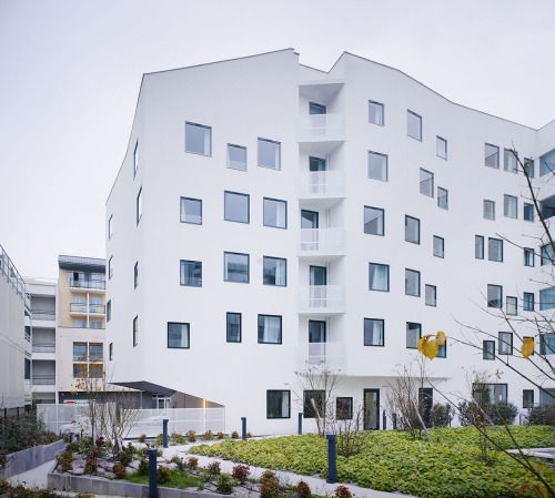 Hotel Massy by Menu Saison download PDF contact sheet here