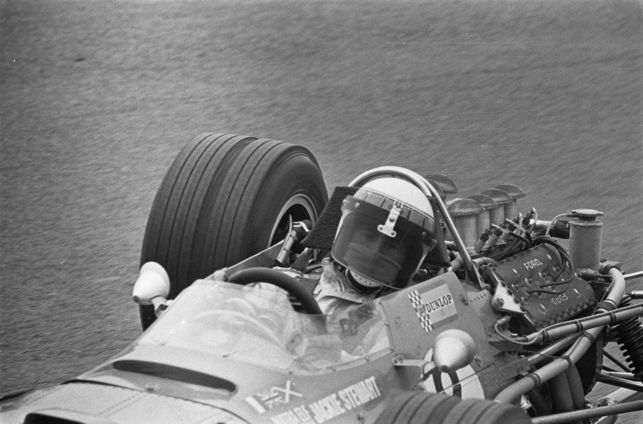 Jackie Stewart 1968) Classic racing cars