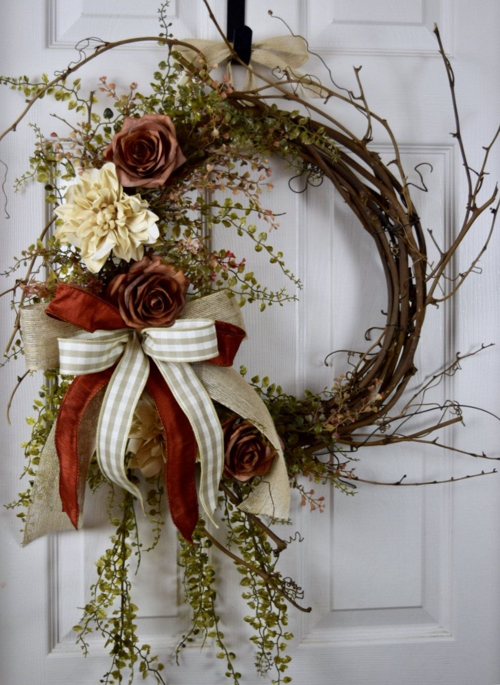 Rust Beige And Ivory Sunburst Grapevine With Dahlias And Roses