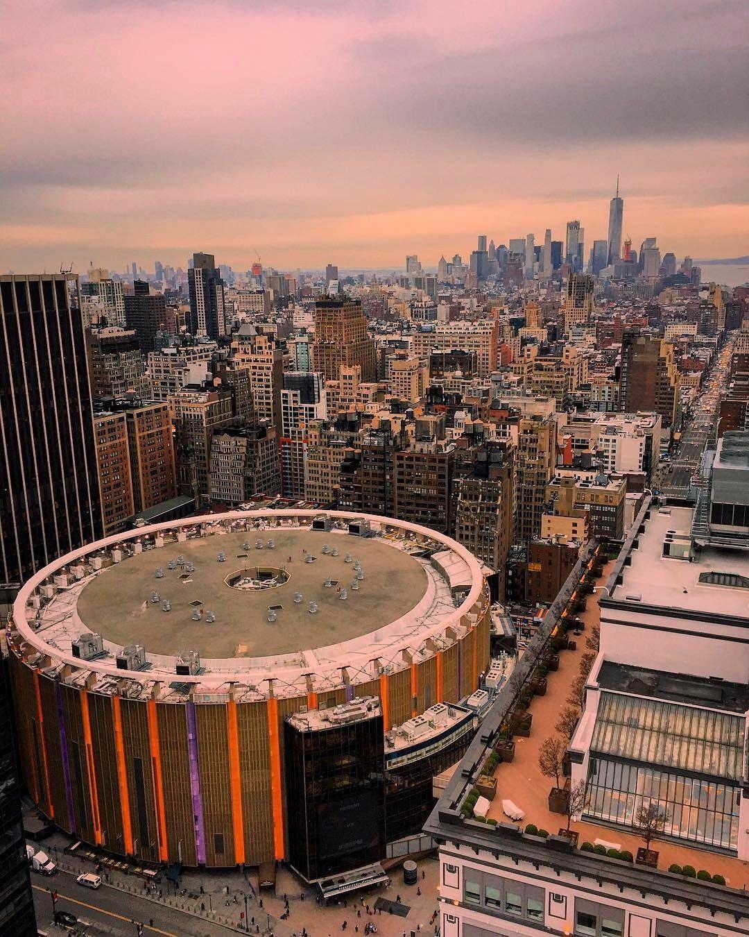 Madison Square Garden Arena Nyc New York City America Images