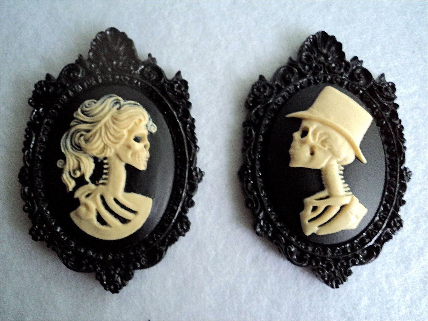The Late Lord Lucius and His Lady Lenore Cameo Brooch Set ...