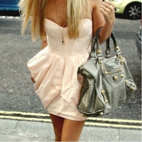 chic dress with vintage flair