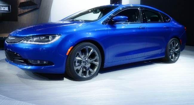 2018 chrysler 200 redesign. perfect 200 2018 chrysler 200 redesign release date price intended chrysler redesign d