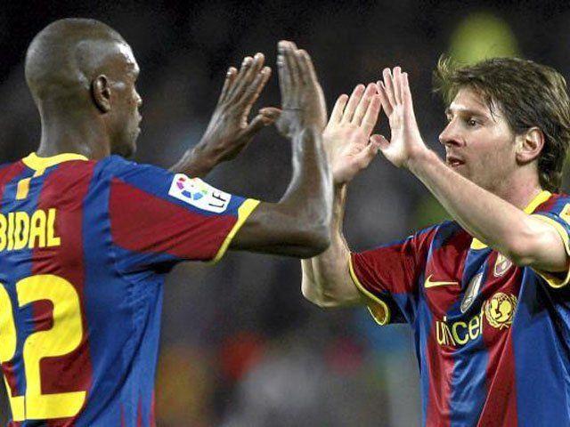 Facebook: Lionel Messi envió sentido mensaje a Erick Abidal por su retiro