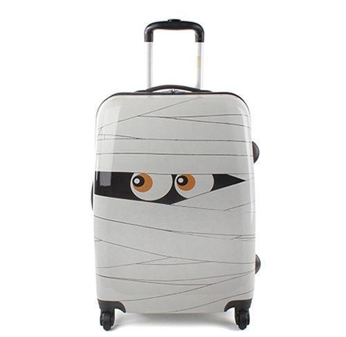 Más de una de estas maletas, si no nos fijamos detenidamente, ¡parecen cualquier otra cosa!