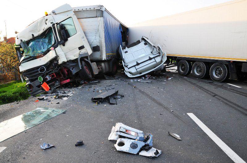 Truck driver dies in Ogun multiple crash Truck driver dies in - trailer driver resume