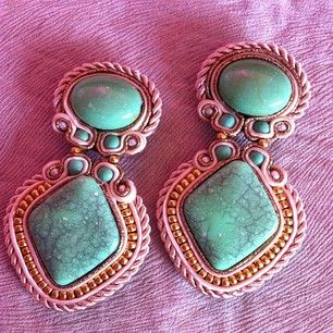 #angelyezenwaku #mint #beige#basic #embroidery #gold #statementearrings #delicados