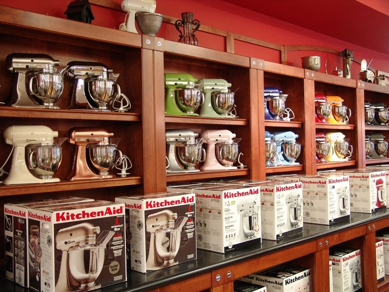 Visit the kitchenaid experience retail center in